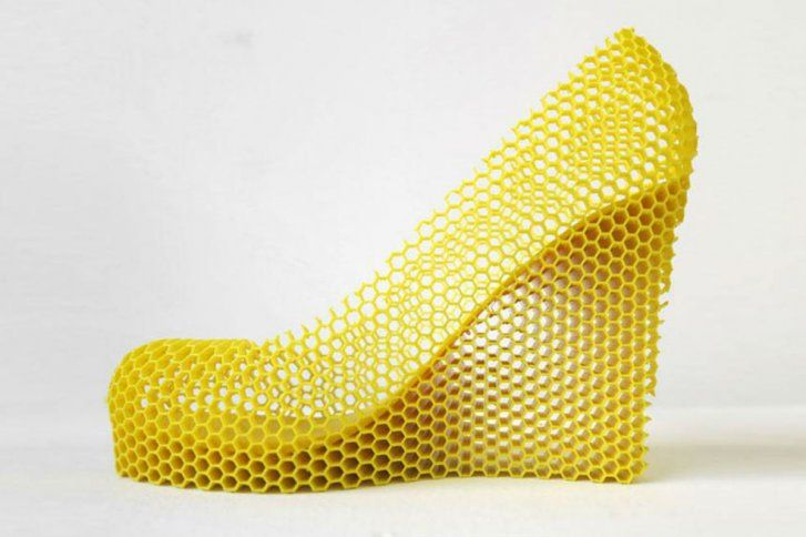 Sebastián Errazuriz (Chile) - Inspired by his exgirlfriends, desing his new collection: La Melosa (The sticky)