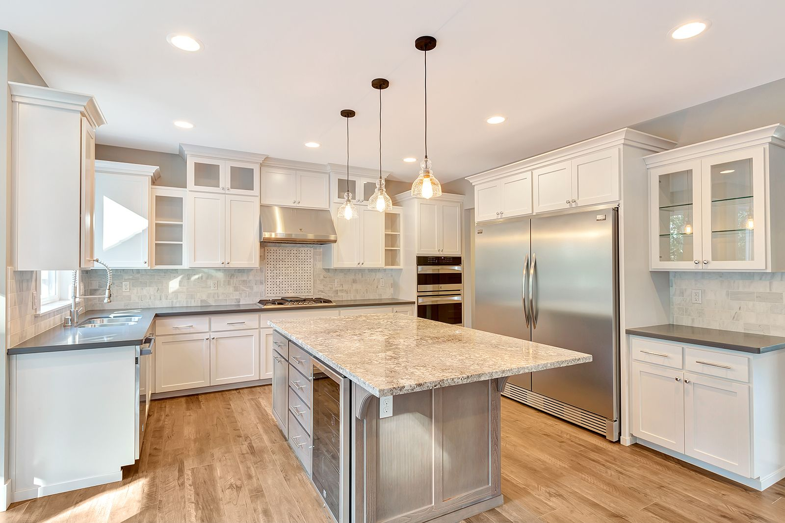 Mixing Kitchen Cabinet Colors Mixing Cabinet Colors And Granite And Quartz Counters Is A
