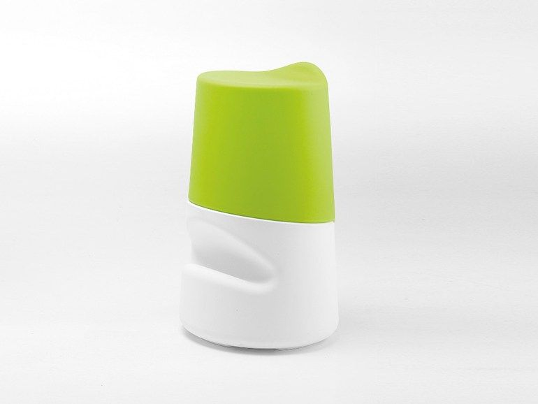 Tabouret en polyéthylène avec repose-pieds Collection Broncio by Infiniti by OMP Group   design FILIPPO MAMBRETTI