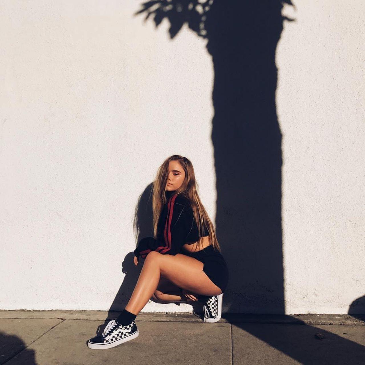 Lexee Smith Pics and Videos – Social Media