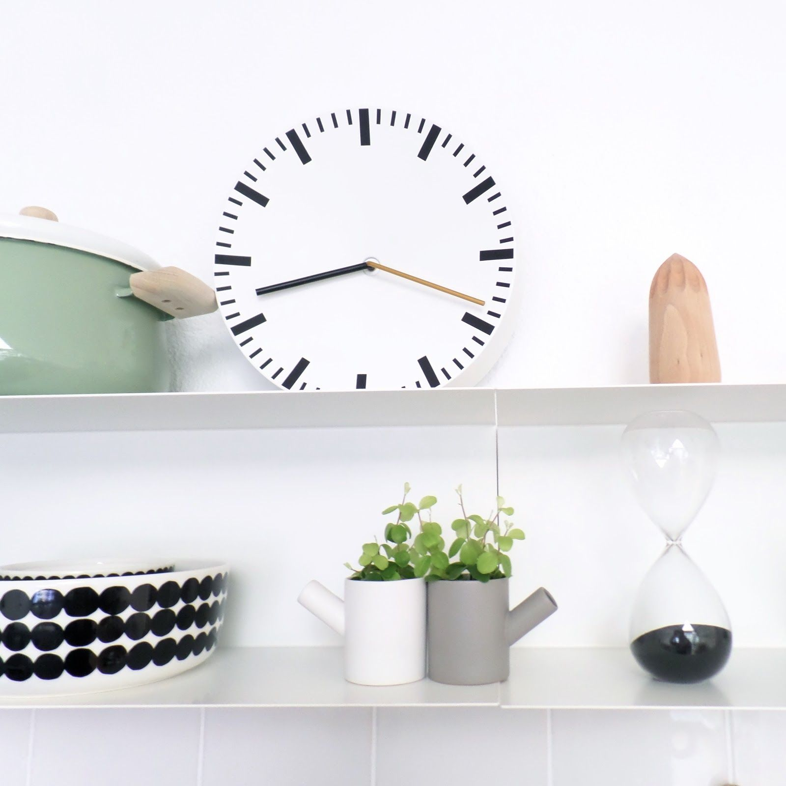 Hay Analog Clock In The Home Of Blogger Nordic Days Nordic Interior Design Clock Analog Clock