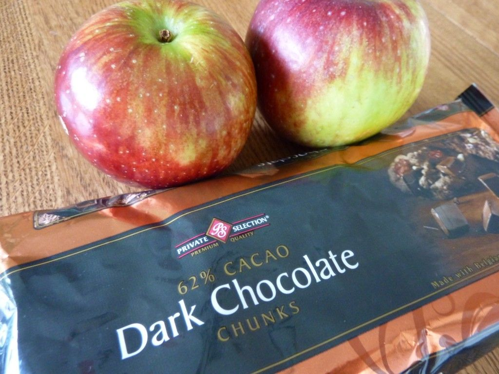 Dark Chocolate Chips and apples
