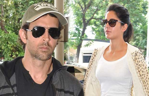 Spotted at Mumbai airport were Bang Bang stars Hrithik Roshan and Katrina Kaif. Both the actors, awaiting the release of their movie, are on a constant promotional spree, and according to reports, they were on their way to Delhi, Capital of India, for promotional purposes too.