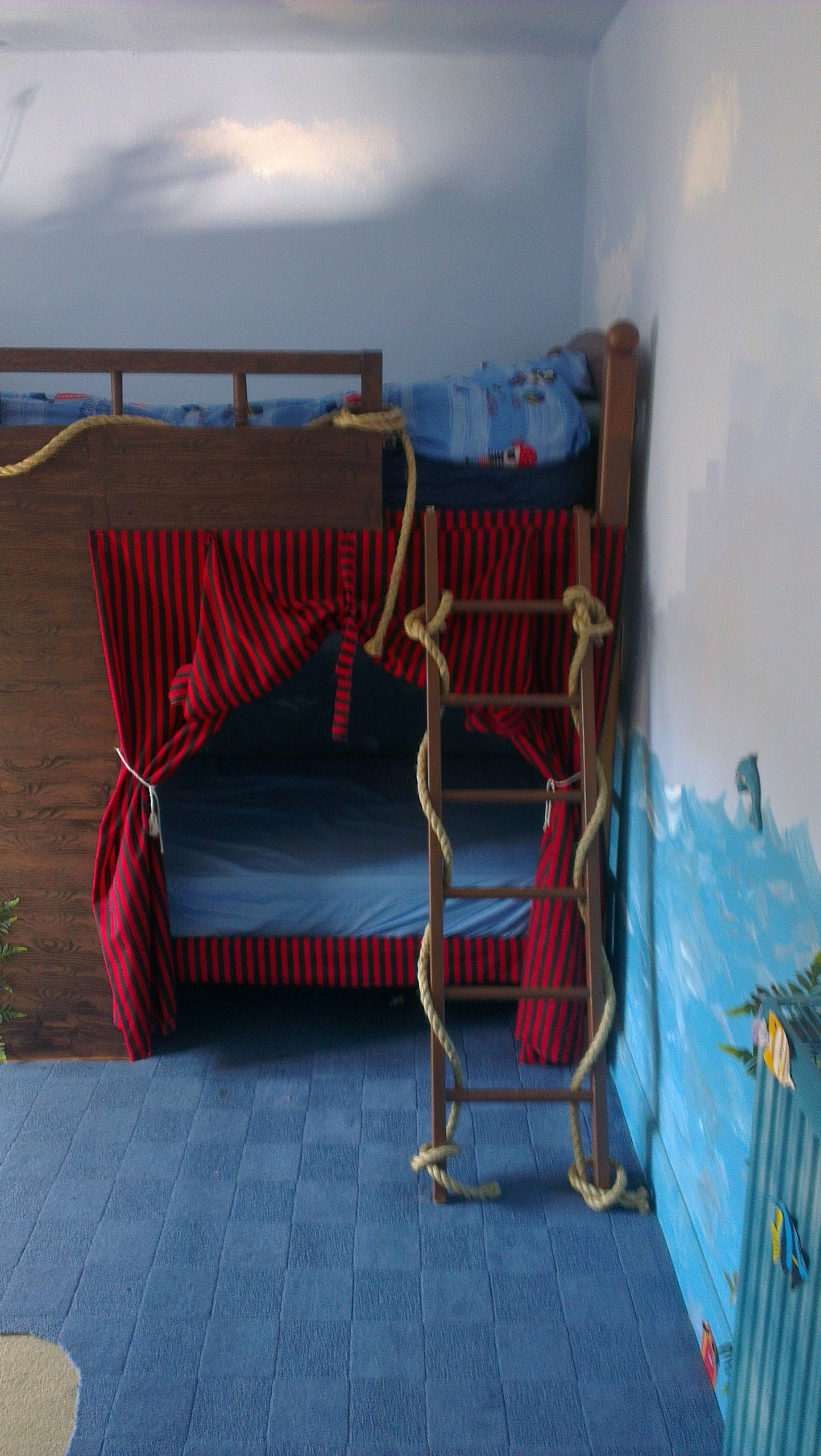 Ash S Pirate Ship Bed Just Box Off A Wooden Bunk With Marine Ply