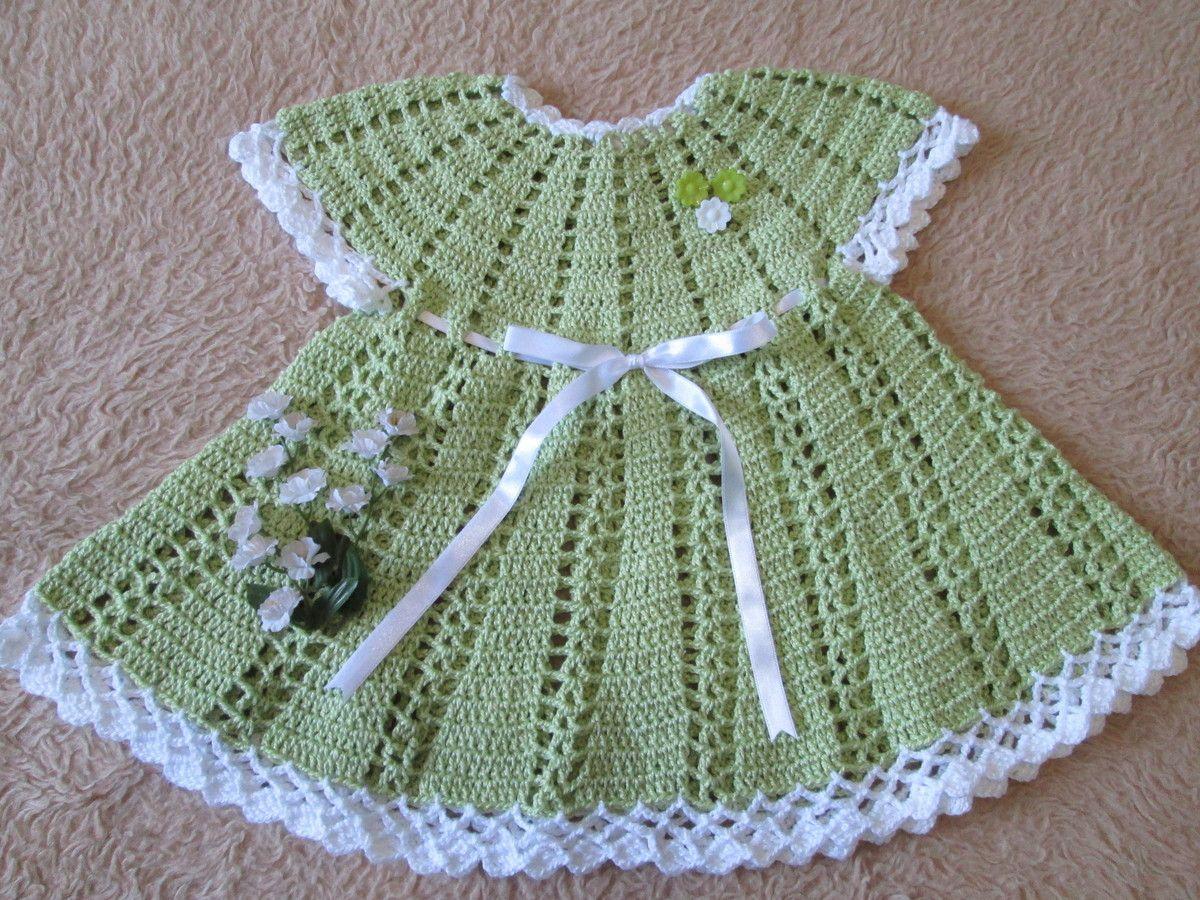 744ccb366f Vestido em crochê para bebê-verão