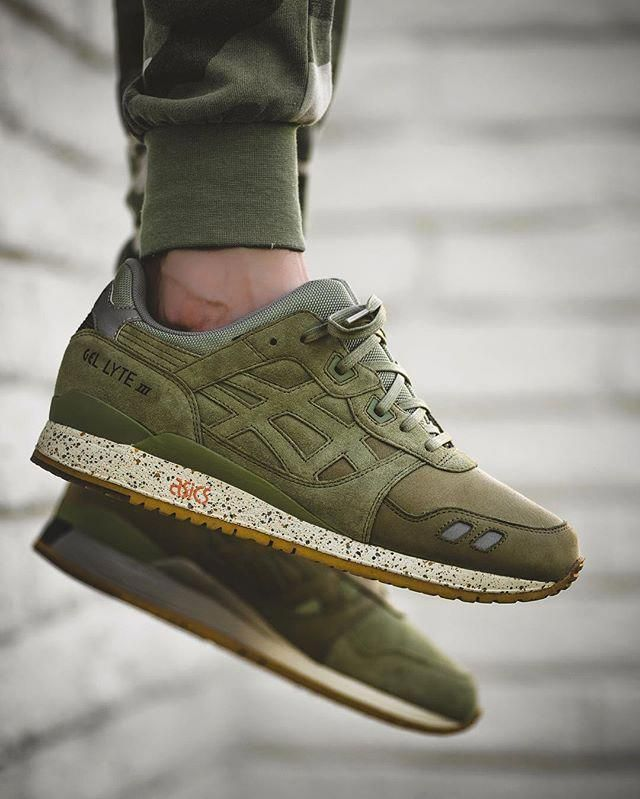 Consecutivo Profesor equipo  Asics Gel Lyte III khaki #sneakers #baskets #asics #streetstyle #streetwear  | Beautiful sneakers, Asics shoes, Sneakers men