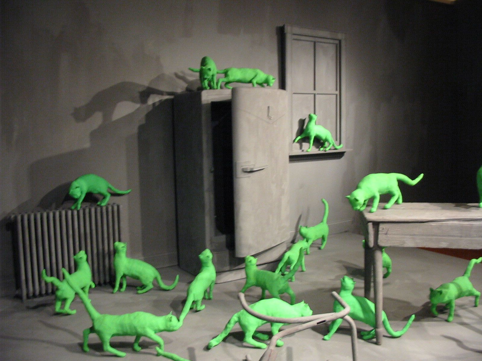 The Amazing Art Of Sandy Skoglund Sandy Skoglund Artist And Art - Artist creates amazing fantasy dreamscapes into her small studio without using photoshop