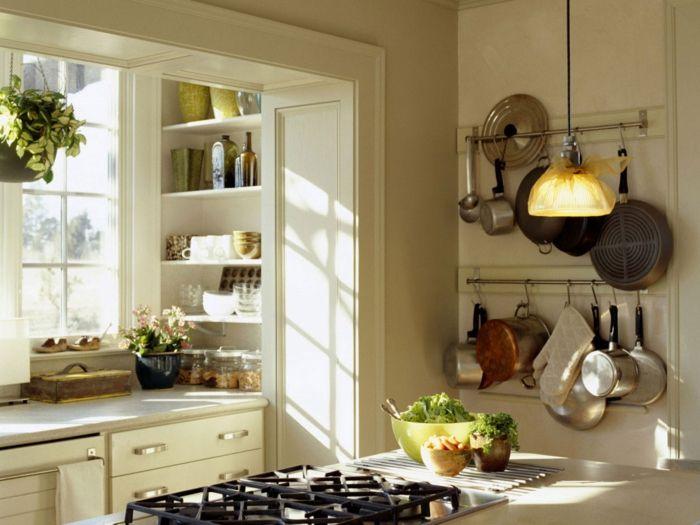 como diseñar una cocina, cocina luminosa en blanco, toque acogedor - como disear una cocina