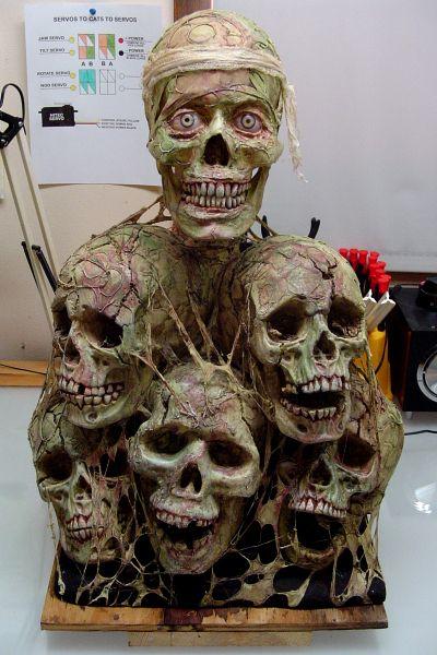 skull pile Halloween Halloween decor  goodies Pinterest