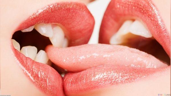 Lips Kiss Image Lip Kiss Pic Happy Kiss Day Lip Wallpaper