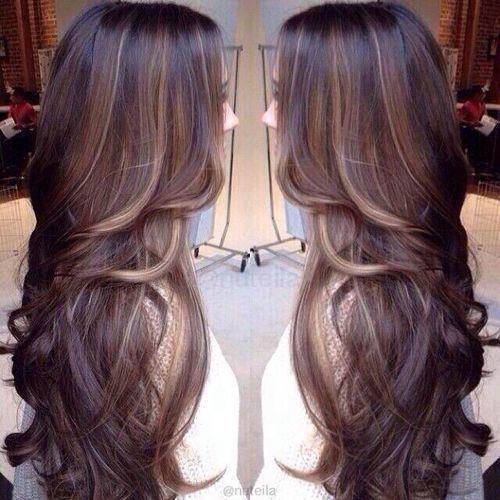 Black Hair With Brown And Caramel Highlights Tintes De Cabello Iluminacion De Cabello Peinados