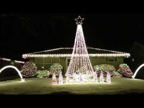 Christmas In Sarajevo.2013 Amazing Christmas Lights Synced To Music Trans Siberian