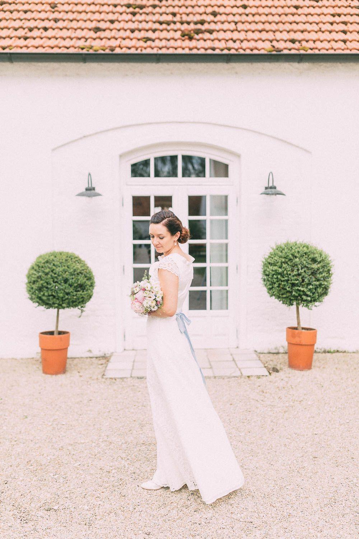 Rustikale Hochzeit auf Gut Sedlbrunn | Rustikal, Berühren und Romantisch