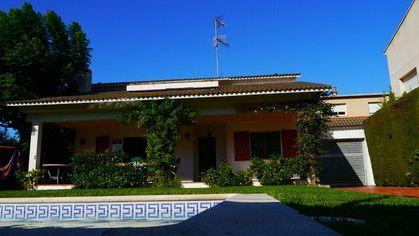 Privates Ferienhaus La Casa in Sitges mit Pool, 4 Schlafzimmer, große Küche, Kamin u.v.m.... 15% Frühbucherrabatt für Buchungen bis zum 28.02.2014!