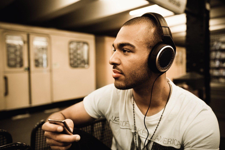 Sennheiser HD 439 Closed-Back Headphones