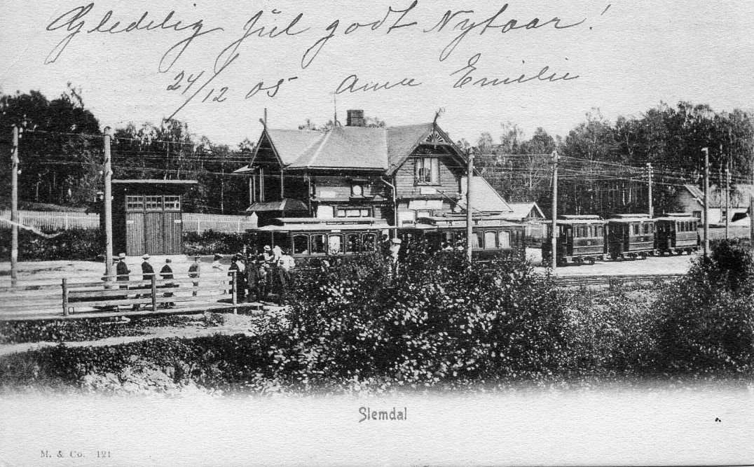 Slemdal stasjon. Postgått 1905. Foto: Mittet