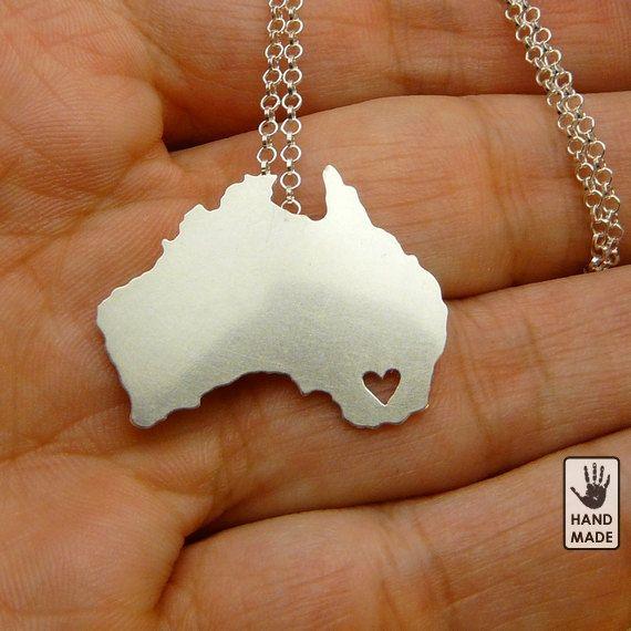 i heart australia necklace.