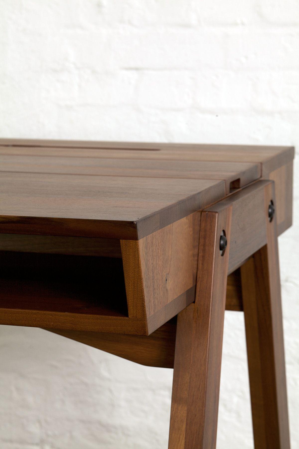 schreibtisch massiv eiche nussbaum handgearbeitet design klappe hamburg deutschland. Black Bedroom Furniture Sets. Home Design Ideas