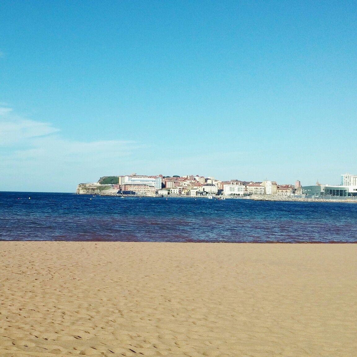 Playa De Poniente Playa