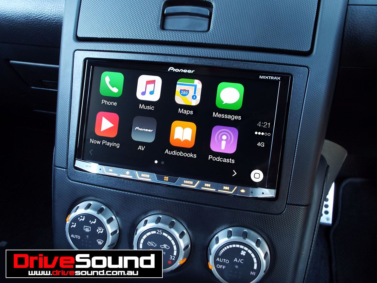 Nissan 350Z with Apple CarPlay installed by DriveSound