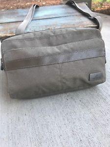 e30175b2c867f7 Eagle Creek RFID Mini Tablet Taupe Crossbody Bag Travel Organizer Clutch  Bag | eBay