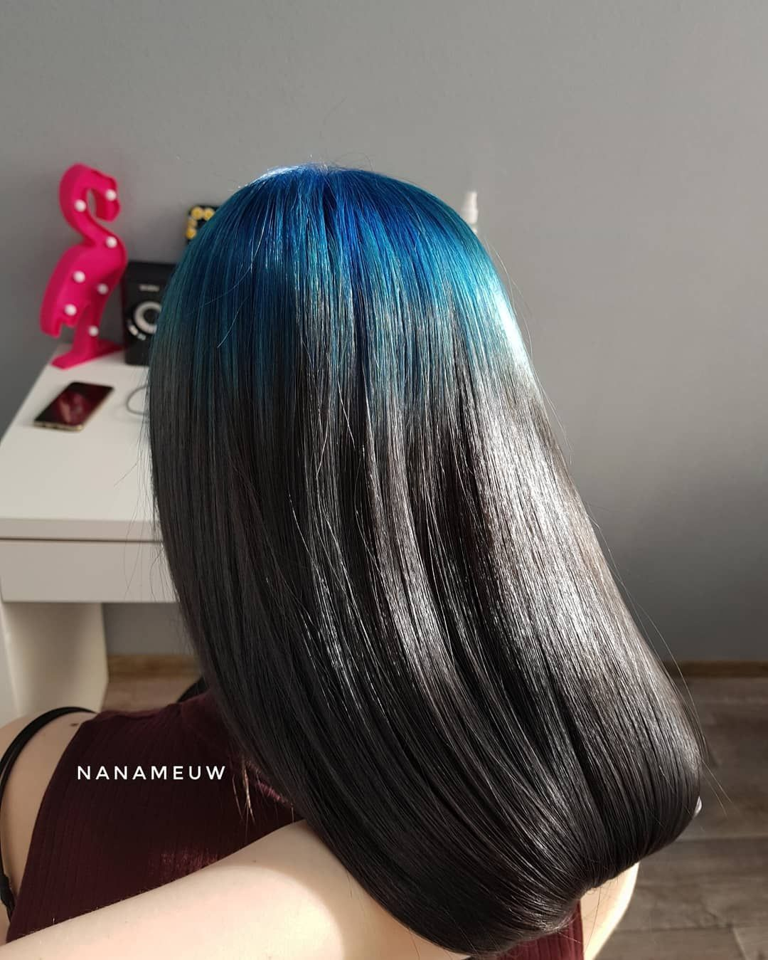 Blue Roots In 2020 Haircuts For Wavy Hair Hair Inspo Color Roots Hair