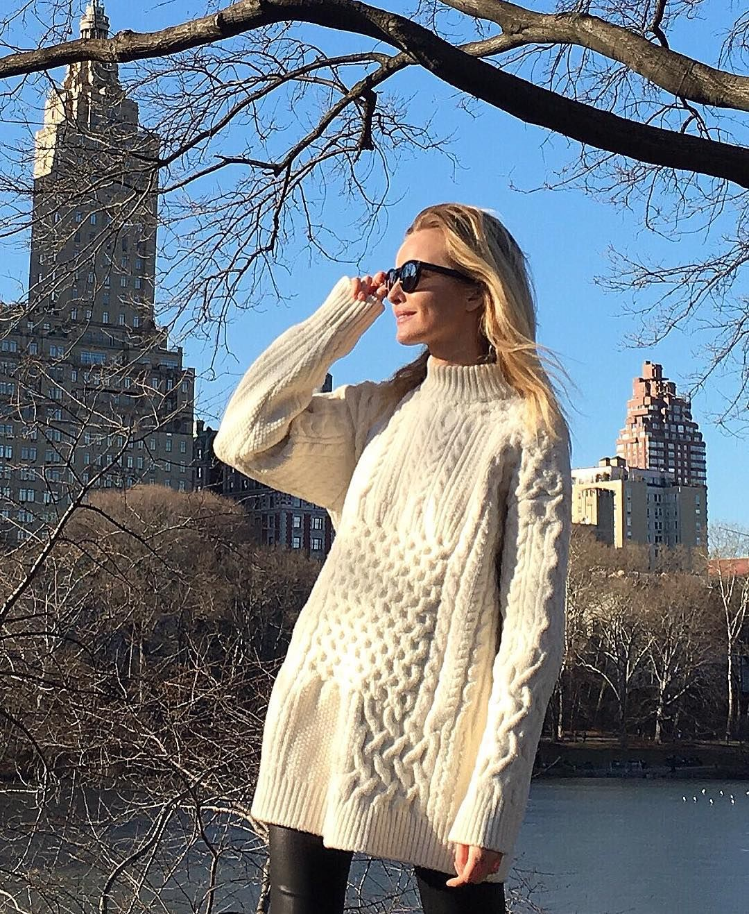 "3,942 mentions J'aime, 19 commentaires - Natallia Yakimchyk (@natayakim) sur Instagram: ""#HAPPY #NY """