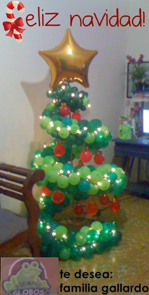 Balloon Christmas Tree Made By Balloontwistee Christmas Balloon Decorations Christmas Balloons Balloon Decorations