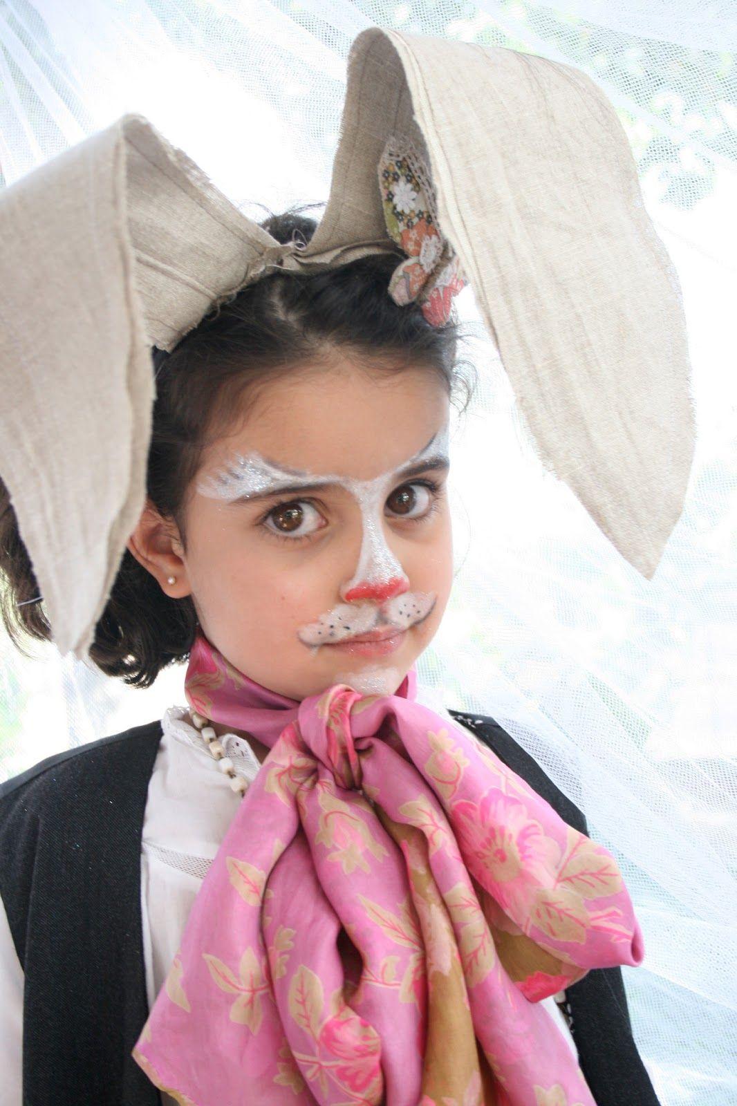 cff33ba52 Disfraz de liebre de Marzo realizado por El Atelier de las Pulgas Maquillaje  De Conejo,