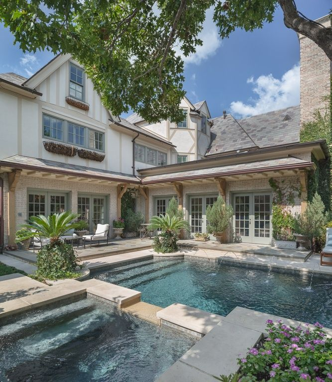 California Small Houses With Pools: 4401 Lorraine Ave, Dallas, TX 75205