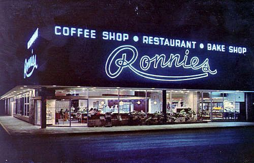 Ronnies Restaurant And Bakery At Colonial Plaza Mall Orlando