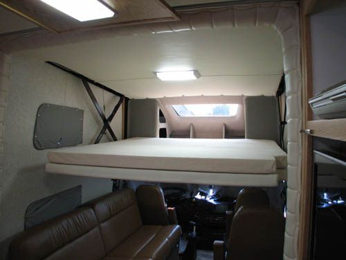 powerhouse coach motorhome this bunk can accommodate 3 children and this is also a powerdown. Black Bedroom Furniture Sets. Home Design Ideas