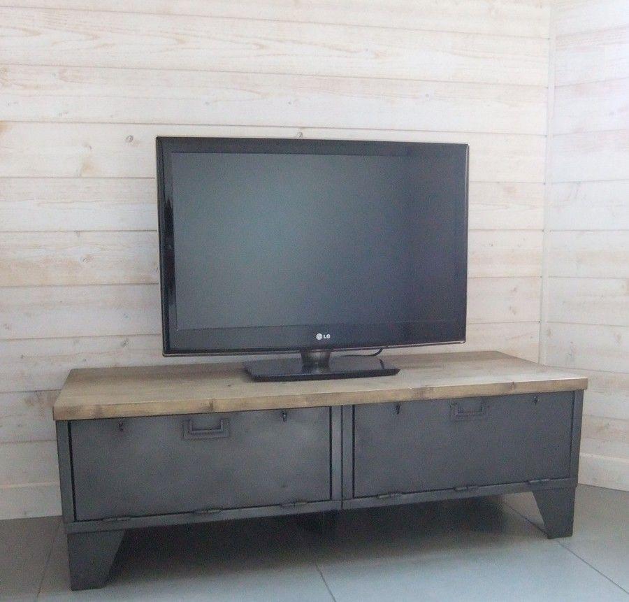 Meuble tv industriel bas con u restaur avec des anciens casiers clapets - Meuble ancien restaure ...