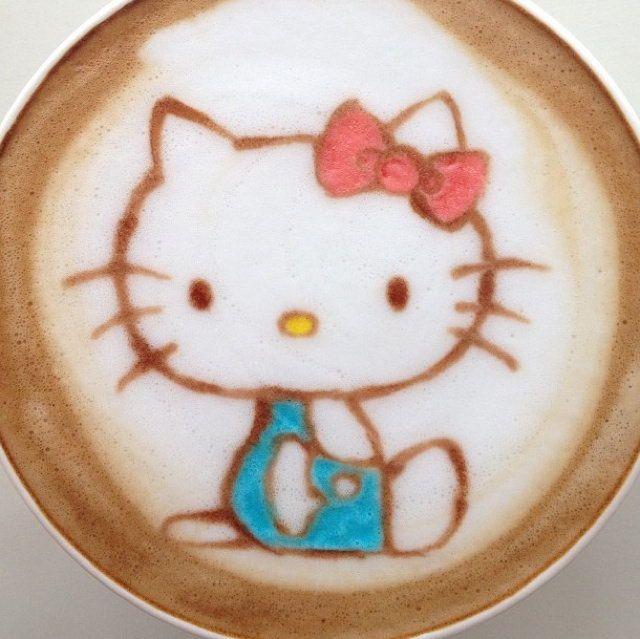 #Hellokitty #latteart by Japanese latte artist, Nowtoo Sugi.