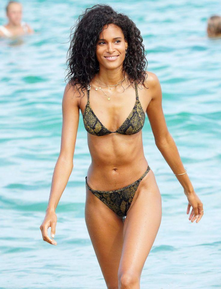 Pin by LeRoy Van Mudh on Beautiful Women, don't sweat the big stuff | Bikinis, Saint tropez ...