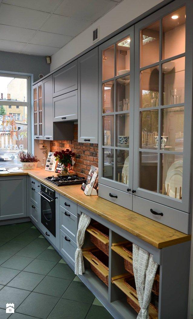 Wystroj Wnetrz Kuchnia Styl Prowansalski Projekty I Aranzacje Najlepszych Designerow Prawdziwe Kitchen Remodel Layout Kitchen Design Small Kitchen Design