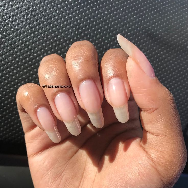 A little bit of information about me  Im Tati lol my nails are naturally shaped like this  I love them And I actually fell in love with long nat