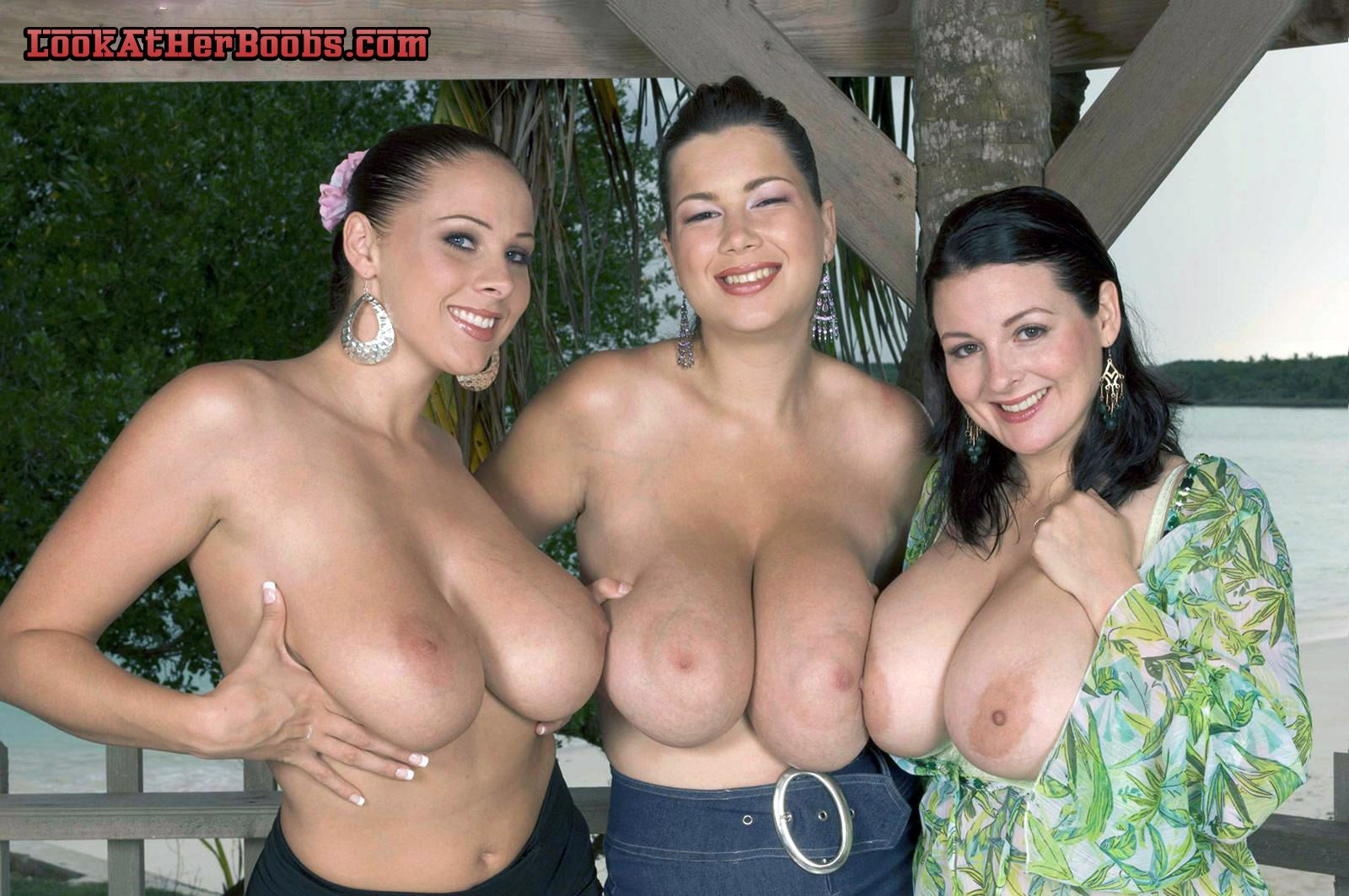 sexy curvy girls boobs naked topless
