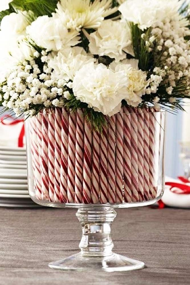 Simple Holiday Centerpiece Ideas See More Http Glaminati