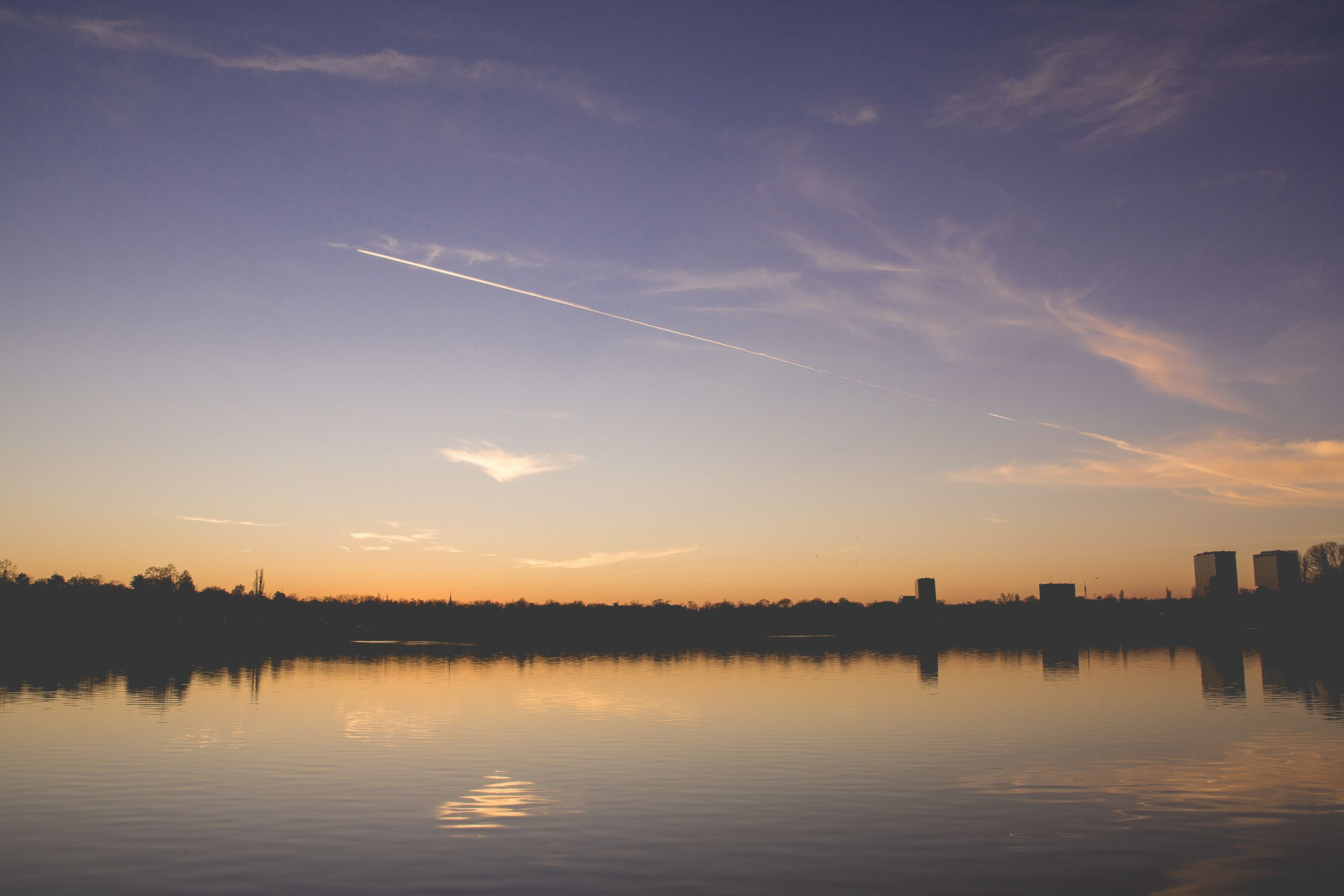 Twilight lines down by the lake #reflection #mirror #clouds #colorful #lines #silhouettes #blue #sky