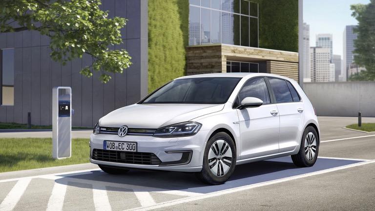 Volkswagen E Golf Prijs En Specificaties Ev Database In 2020 Elektrisch Voertuig Elektrische Auto S Volkswagen