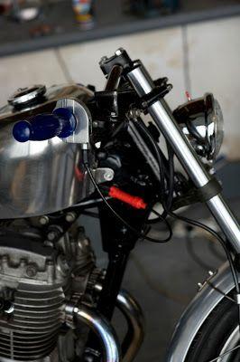 Yamaha XS 400 by Mr P!ckles | France