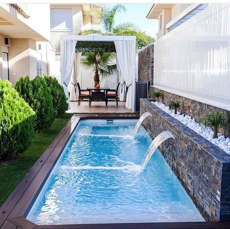 Resultado de imagen para albercas largas y altas con - Cristales para piscinas ...