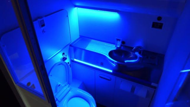 Boeing S Self Cleaning Bathroom Would Nuke Germs With Uv Rays