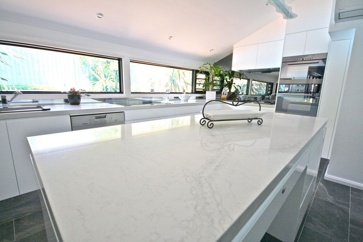 Best Kitchens By Emanuel Caesarstone Calacatta Nuvo Kitchen 400 x 300
