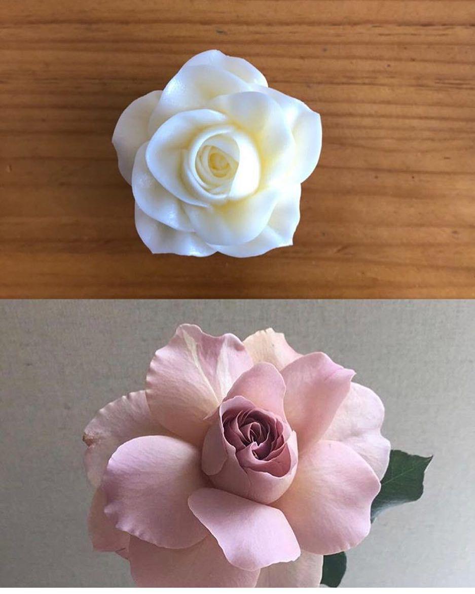 Pin By Melon On Cakes Korean Buttercream Flower Flower Cake Amazing Flowers