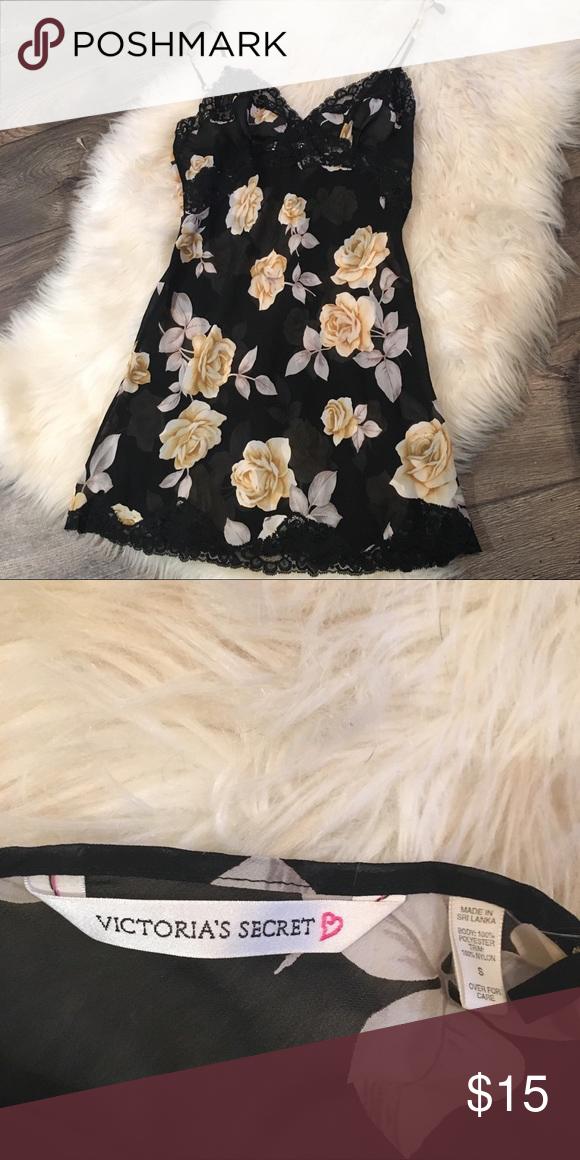 1105b87a6c858 Vintage Victoria's Secret Slip Cute yellow roses Victoria's Secret  Intimates & Sleepwear