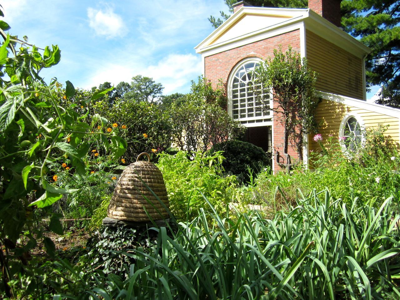 Herb Garden with bee skep at Boscobel House & Gardens, Garrison, NY ...