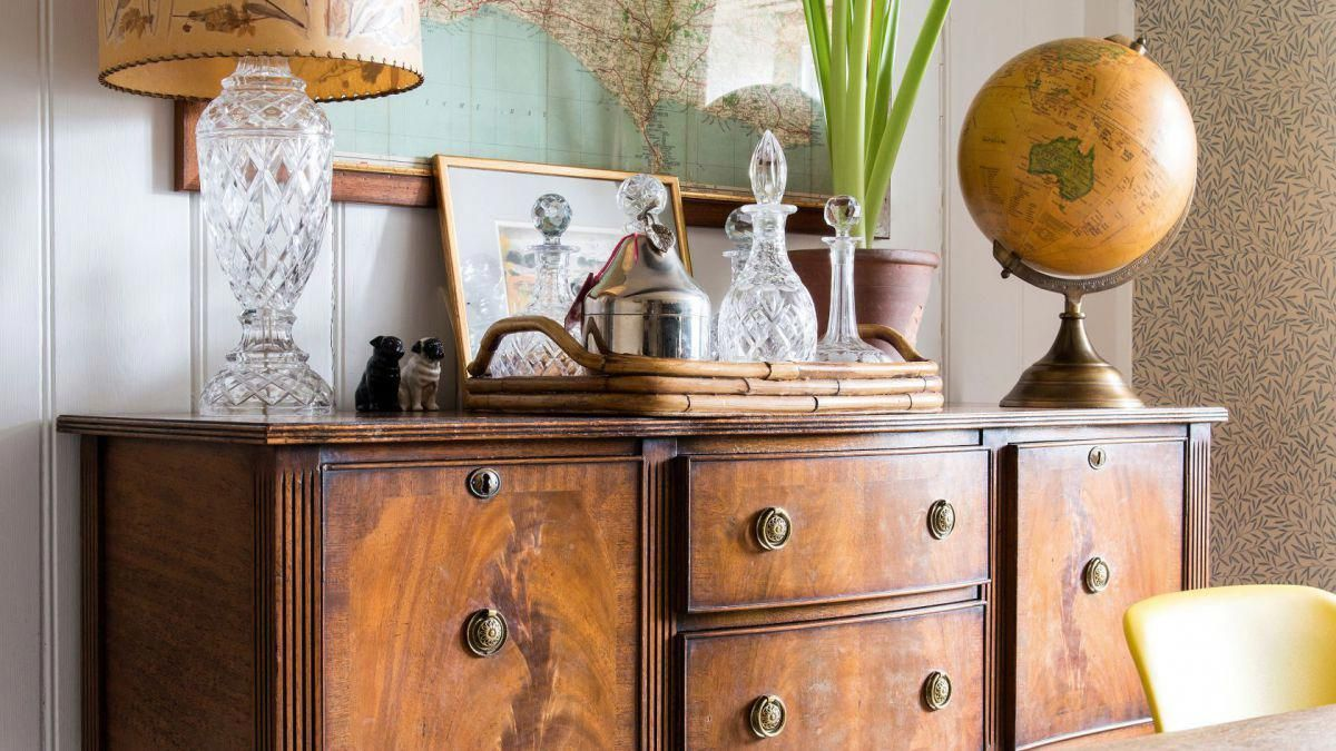 Antique Couches For Sale | Vintage Wooden Table And Chairs | Where Can I Sell  My - Antique Couches For Sale Vintage Wooden Table And Chairs Where