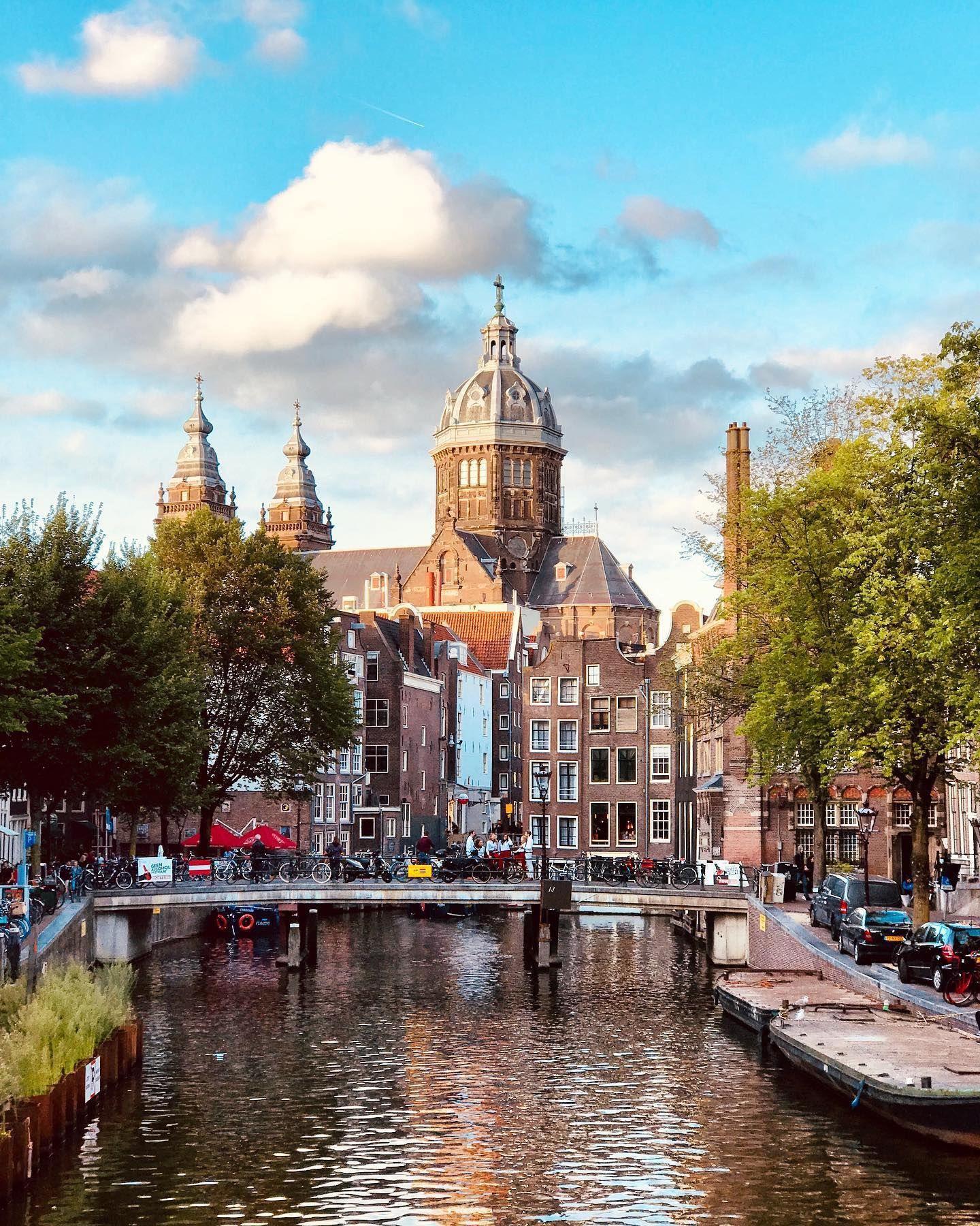 Parece Que Hay Un Día En Holanda Al Que Le Dicen Blue Monday Por Ser Uno De Los Más Deprimentes Del Año En Teoría El Tercer Verano Decir No Pensando